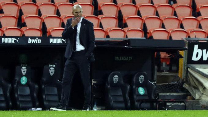 Thất bại trước Valencia là lần thứ hai Real thủng lưới bốn bàn dưới thời Zidane. Ảnh: Marca.