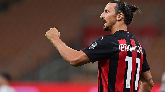 Ibrahimovic mới chơi sáu trận ở Serie A nhưng vẫn đóng góp hơn một nửa số bàn của Milan. Ảnh: Goal.