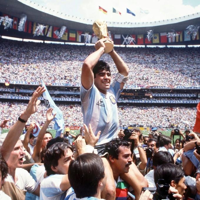 Đỉnh cao sự nghiệp của Maradona là Cup Vàng thế giới năm 1986.