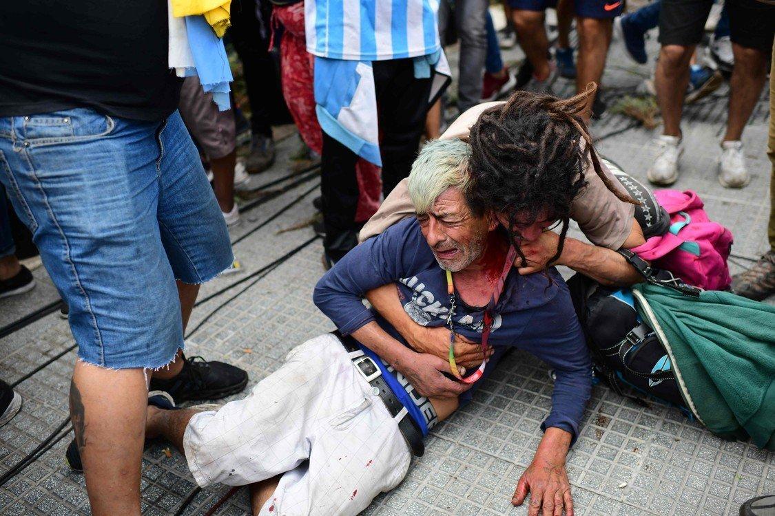 Đám tang xúc động của Maradona