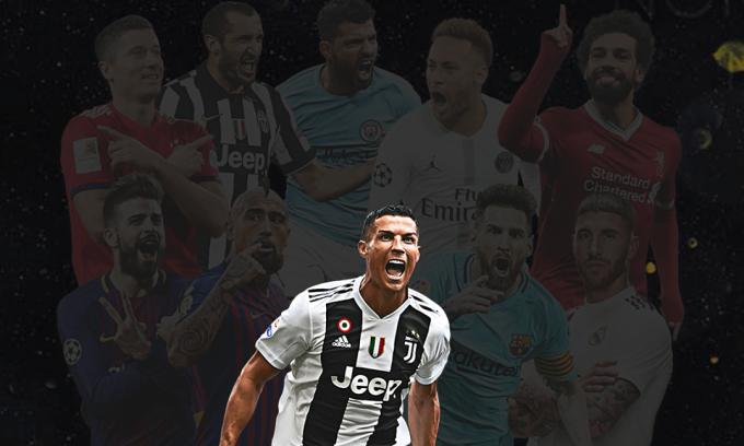 Ronaldo nhận giải Bàn Chân Vàng ở tuổi 35. Ảnh: goldenfoot