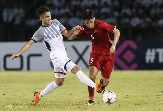 Đoàn Văn Hậu đối mặt nguy cơ không thể cùng tuyển Việt Nam dự AFF Cup 2021. Ảnh: Lâm Thỏa