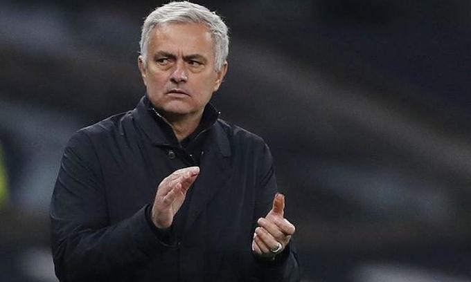 Mourinho xem Man Utd là đối thủ đáng gờm của Tottenham tại Europa League. Ảnh: Reuters.