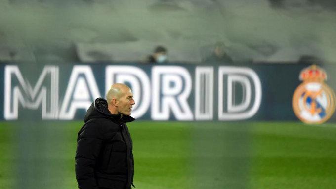 Trận derby hôm 12/12 ghi dấu chiến thắng thứ ba liên tiếp của Real trên mọi mặt trận, giúp Zidane xua đi áp lực đè nặng lên ông vì những kết quả phập phù trước đó. Ảnh: EFE