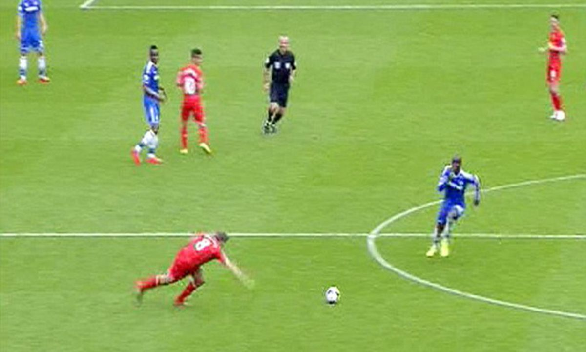 Ngọt và đắng của Mourinho với Liverpool