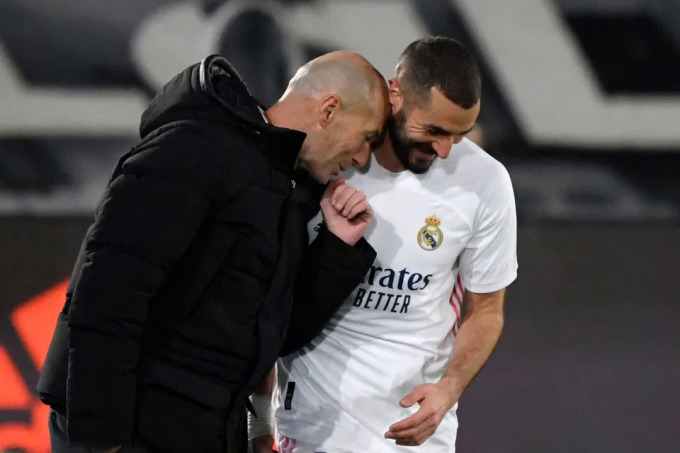 Sự tin tưởng tuyệt đối mà Zidane dành cho học trò đồng hương là động lực để Benzema bền bỉ chơi đúng thứ bóng đá anh ưa thích. Ảnh: AFP