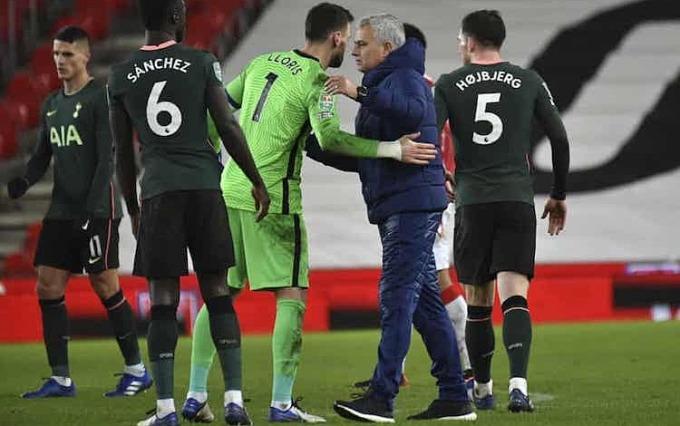 Mourinho vô địch Cup Liên đoàn trong bốn lần lọt vào bán kết trước đây. Ảnh: AP.