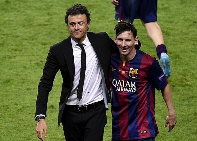 Luis Enrique (trái) giúp Messi đoạt Champions League và Quả Bóng Vàng. Ảnh: AFP.