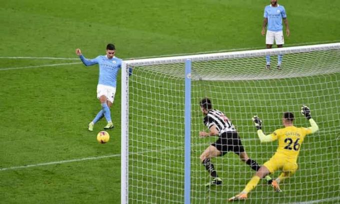 Torres ghi bàn thứ bảy cho Man City mùa này. Ảnh: Reuters.