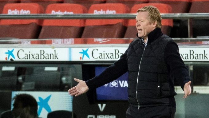 Koeman phải nhận bốn thất bại và bốn trận hòa trong 15 trận đầu La Liga 2020-2021. Ảnh: EFE.