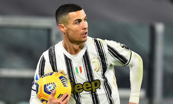 Ronaldo ghi nhiều bàn nhất thế giới năm 2020, ở các giải vô địch quốc gia, dù anh bước sang tuổi 36 trong hơn một tháng nữa. Ảnh: Reuters