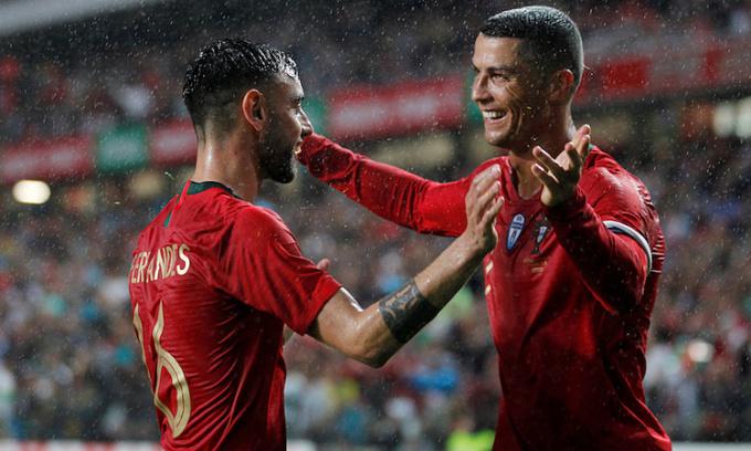 Fernandes muốn đi theo con đường Ronaldo từng trải qua tại Man Utd. Ảnh: Reuters.