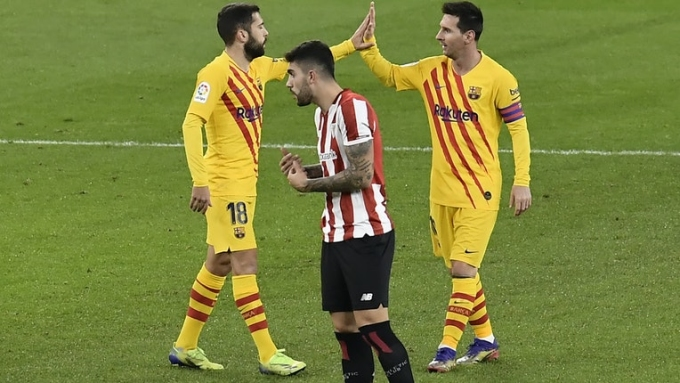 Messi ghi hai bàn đầu trong năm 2021.