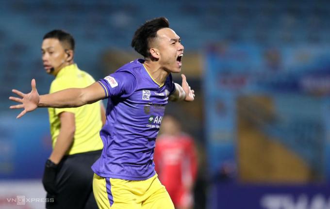 Bùi Hoàng Việt ANh được bình chọn là Cầu thủ hay nhất trận Siêu Cup Quốc gia chiều 9/1 trên sân Hàng Đẫy.