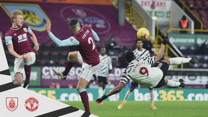 Martial có nhiều cơ hội ghi bàn nhưng đều bỏ lỡ. Ảnh: Twitter / Man Utd