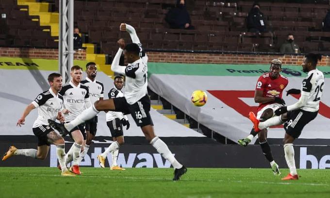 Cú sút của Pogba mang về chiến thắng cho Man Utd. Ảnh: NMC Poool.