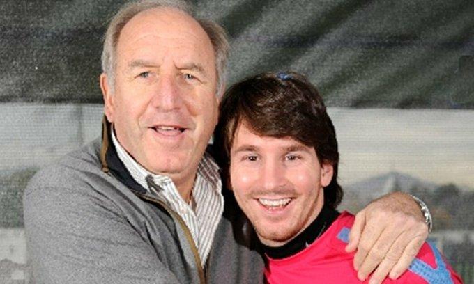 Rexach là một trong những người quan trọng nhất đưa Messi đến với Barca. Ảnh: Infobae