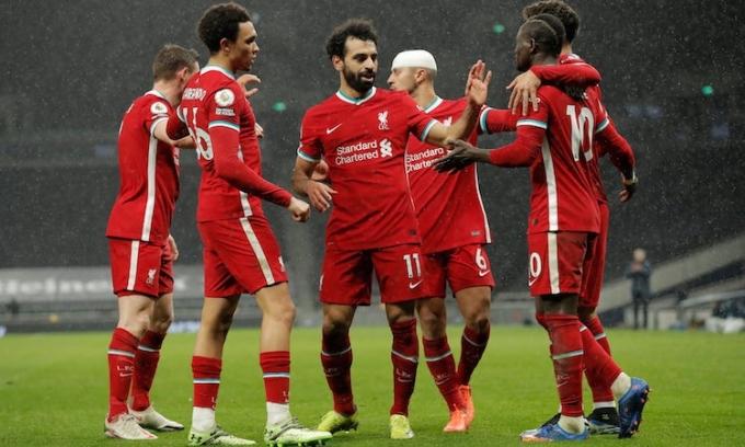 Salah và đồng đội ghi bàn sau 482 phút tịt ngòi ở Ngoại hạng Anh. Ảnh: Guardian.