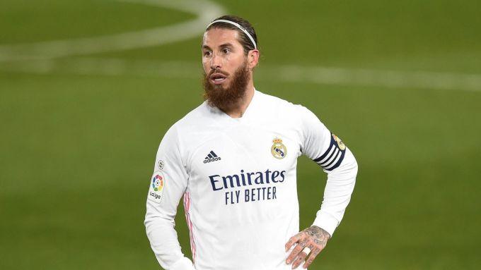 Trước khi lên bàn mổ gối, Ramos từng nghỉ thi đấu vì chấn thương cơ và đau dạ dày. Ảnh: Goal.