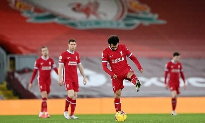 Liverpool đang kém Man City 13 điểm và đá nhiều hơn một trận. Ảnh: Reuters.