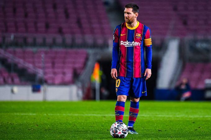 Messi gắn bó với Barca từ năm 2000 và đang chơi mùa thứ 17 cho đội một. Ảnh: AS.