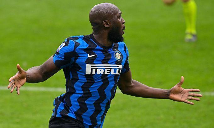 Lukaku tỏa sáng ở derby Milan với một bàn, một kiến tạo. Ảnh: Sky Sports