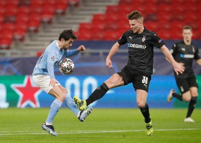 Thua 0-2 vẫn còn là kết quả nhẹ nhàng với Gladbach, trong trận đấu mà họ thua kém Man City về mọi mặt. Ảnh: PA