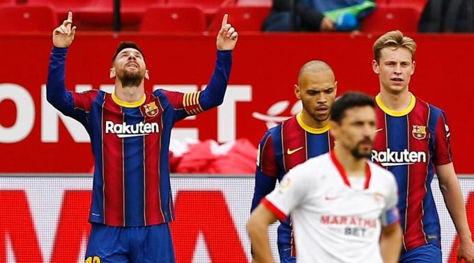 Messi dẫn đầu danh sách ghi bàn ở Barca và La Liga ngay cả khi sắp 34 tuổi. Ảnh: Reuters.