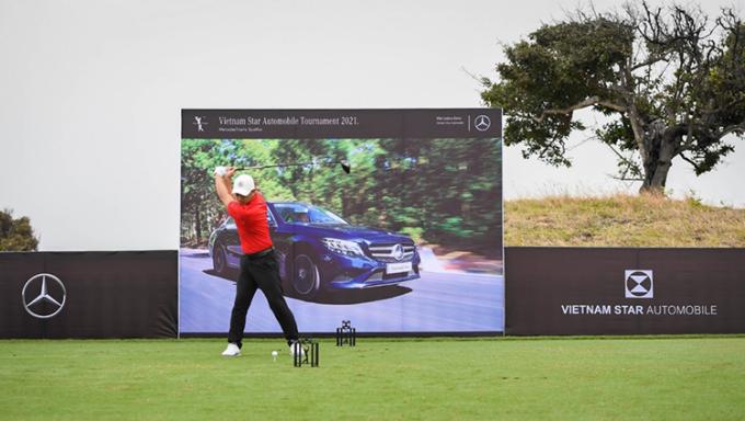 Golfer Phạm Minh Đức tại trận đấu mở màn.