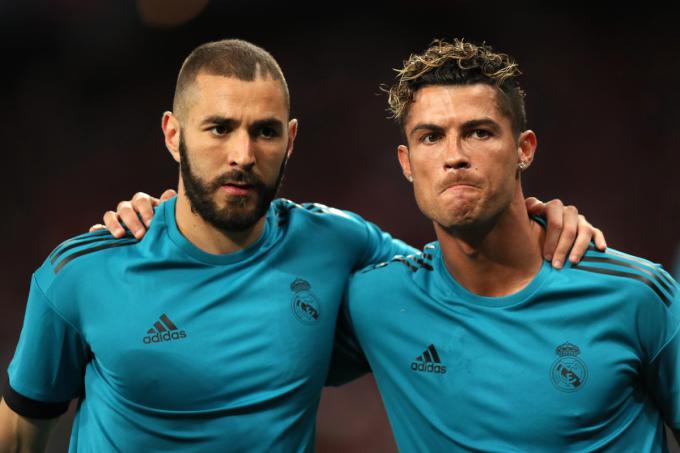 Benzema chơi chín mùa cùng Ronaldo trong màu áo Real và đoạt mọi danh hiệu cao quý nhất.. Ảnh: Goal.