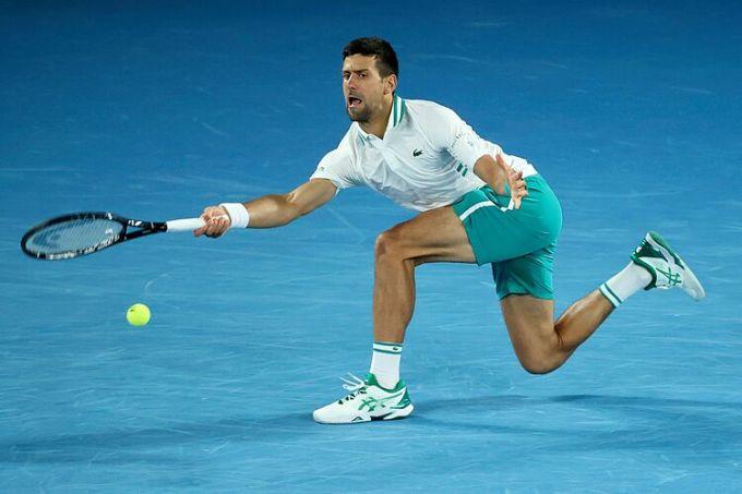 Djokovic đoạt 59 danh hiệu lớn, gồm Grand Slam, Olympic, ATP Finals và Masters 1000, nhiều hơn bất kỳ tay vợt nào. Ảnh: Australianopen.