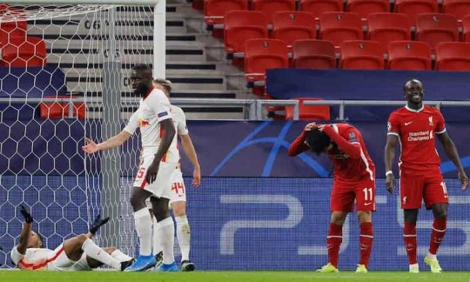 Các tiền đạo Liverpool vô duyên trong hiệp một và phung phí nhiều cơ hội. Ảnh: UEFA.
