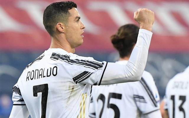 Ronaldo đã có 30 bàn trong 33 trận mùa này. Ảnh: Reuters.