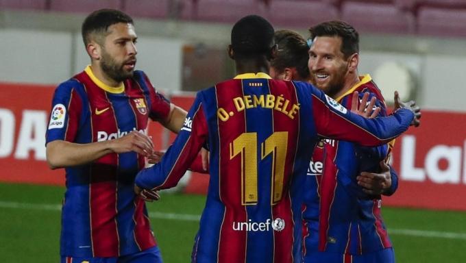 Messi đang dẫn đầu cuộc đua Vua phá lưới mùa này với 21 bàn. Ảnh: AP.