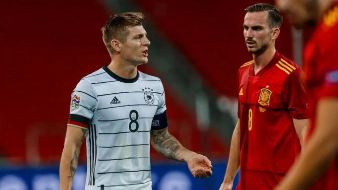 Ở trận gần nhất khoác áo tuyển Đức, Kroos cùng đội thua Tây Ban Nha 0-6 hôm 17/11/2020, trong khuôn khổ lượt cuối vòng bảng Nations League. Ảnh: Marca