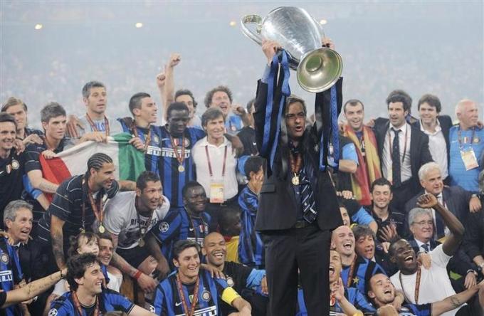 Mourinho làm nên lịch sử tại Inter năm 2010. Ảnh: Reuters.