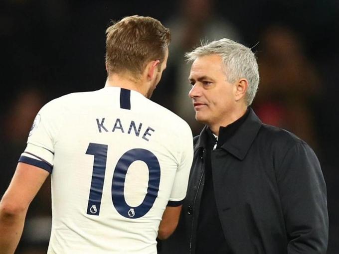 Kane ghi 27 bàn, có 16 kiến tạo sau 40 trận cho Tottenham mùa này. Ảnh: Goal.