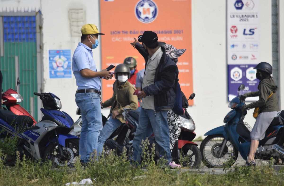 Đổ xô mua vé trận Đà Nẵng - HAGL