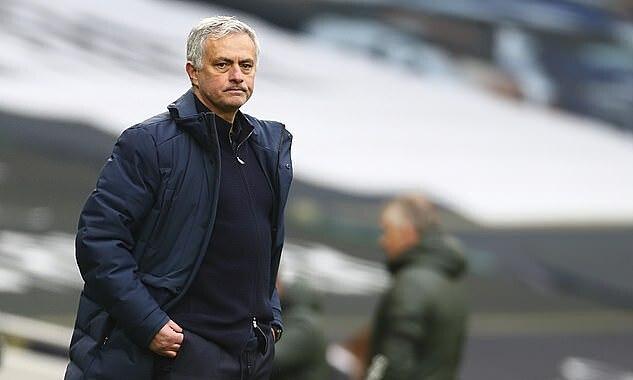 Mourinho chỉ đạt tỷ lệ thắng 52% cùng Spurs. Ảnh: AP