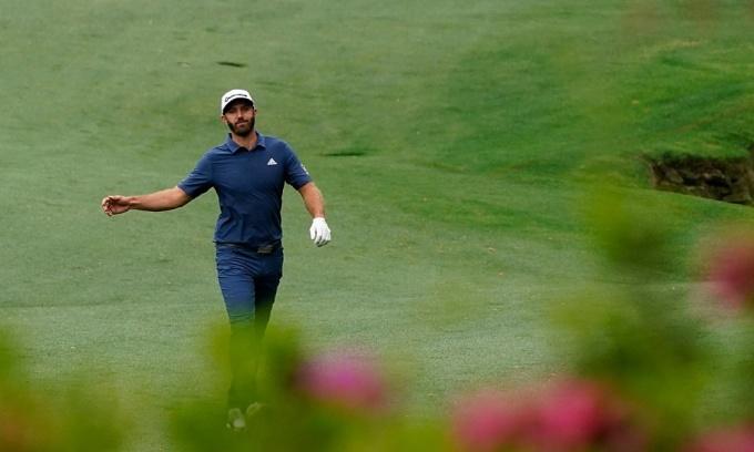 Không qua cắt loại, nhưng những golf như Dustin Johnson vẫn nhận thù lao tham dự hậu hĩnh từ Masters. Ảnh: The Masters