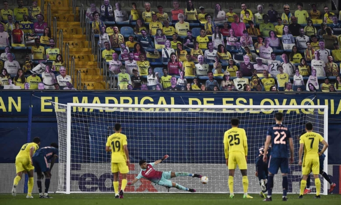 Pepe ghi bàn từ chấm 11m...