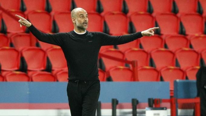 Guardiola và Man City mới giành chiến thắng 2-1 trong trận bán kết Champions League ngay trên sân của PSG. Ảnh: EFE.