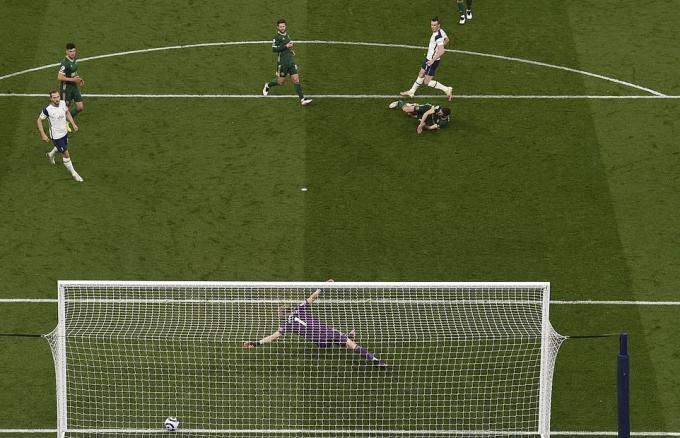 Đội cuối bảng không thể ngăn một cầu thủ đẳng cấp như Bale.