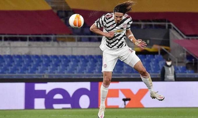 Cavani lập cú đúp ở hai trận bán kết Europa League. Ảnh: Reuters.