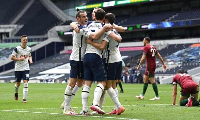 Tottenham chưa thua trận nào từ khi bổ nhiệm Ryan Mason. Ảnh: EPA.