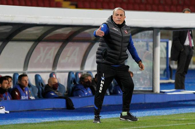 Castori được xem là nhà cách tân chiến thuật tại Serie B mùa này khi giúp Salernitana thăng hạng bằng thứ bóng đá đơn giản, nhưng trực diện và hiệu quả cao. Ảnh: Lapresse