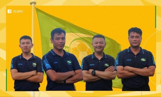 Bộ tứ BHL mới của CLB SLNA, từ trái qua Như Thuật, Huy Hoàng, Văn Quyến và Bùi Minh. Ảnh: SLNAFC.