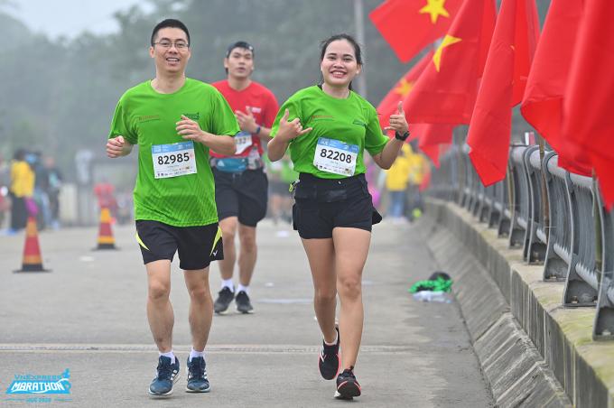 Runner trên đường chạy VM Huế 2020. Ảnh: VnExpress Marathon.