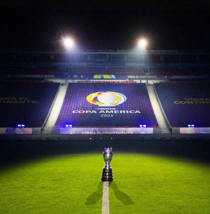 Ngày hội bóng đá Nam Mỹ năm nay sẽ không đón khán giả vào sân, vì Covid-19 vẫn diễn biến phức tạp tại nước chủ nhà Brazil.