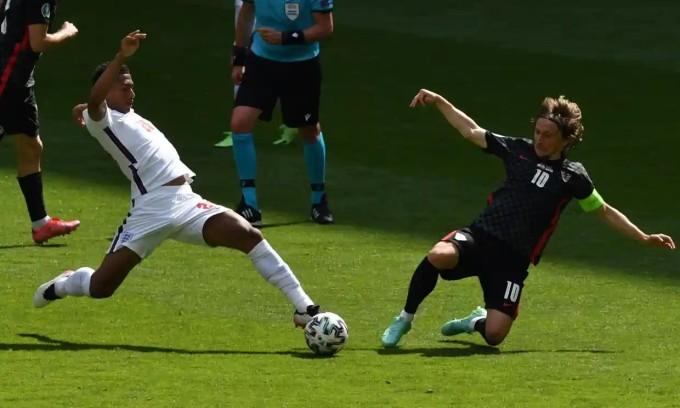 Modric và đồng đội không thể gây ra bất ngờ cho đối thủ. Ảnh: EPA.
